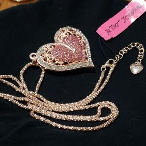 NWT Ornate Crystal heart necklace Betsey Johnson